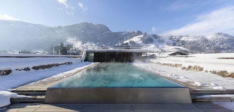 Austria_Kitzbuhel_Hotel-Schwarzer_Adler_outdoor_pool.jpg